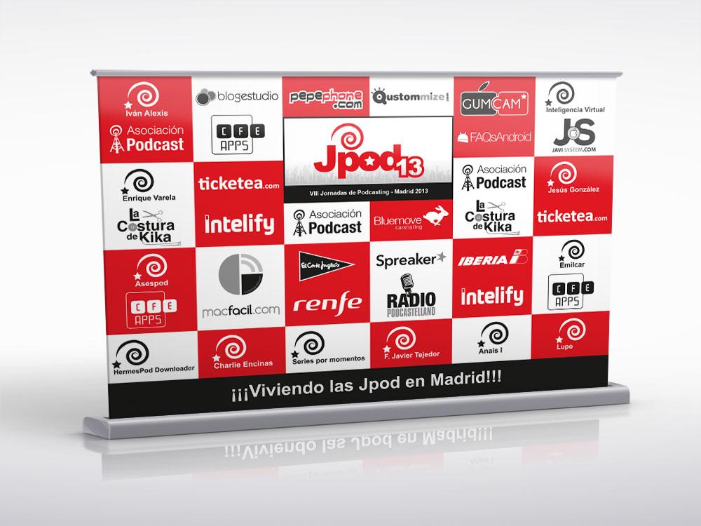 Photocall Jpod13 - los asistentes se sacaron muchas fotos en él